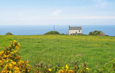 Photo for Holiday cottage with beautiful views over the Cornish sea