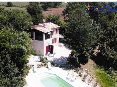 Photo for Beautiful sheepfold, in the heart of Provence