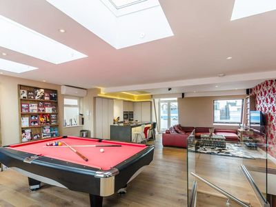 Photo for Luxury 3-bed 2 Bath Duplex in Heart of Notting Hill
