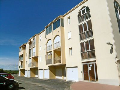 Photo for Apartment Les Hauts de St Pierre in Saint Pierre La Mer - 4 persons, 1 bedrooms
