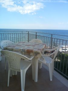 Photo for Delightful and spacious two-room apartment on the sea 4-5 beds