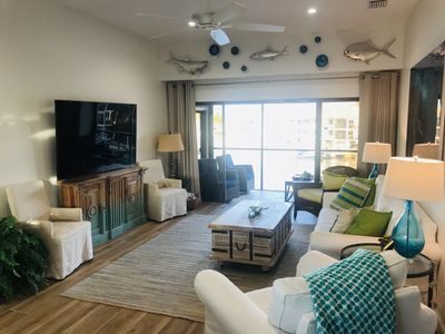 Spectacular Waterfront 3BR / 2BA Condo Newly Renovated