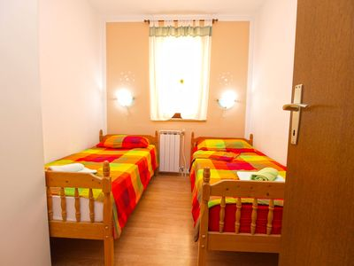 Photo for Apartment for 4 persons + extra bed and 2 bedrooms (ID 3135)
