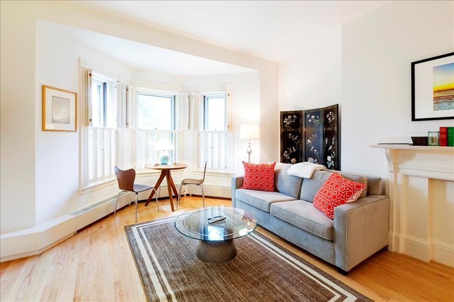 Charming Back Bay Boston Furnished Apartment Rental   383 Commonwealth Avenue Unit 4A Pictures Gallery