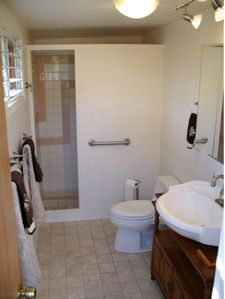 Photo for Nice mellow studio,queen bed, own entry and private bathroom, ac, free wifi