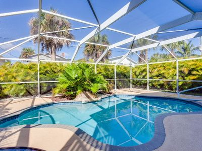 Photo for Gorgeous 4 bedroom, 3 bath pool home north of Publix and just steps to the beach