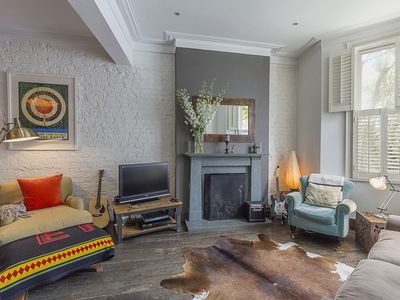Photo for Near chic Kensington - characterful and unique home with adorable garden (Veeve)