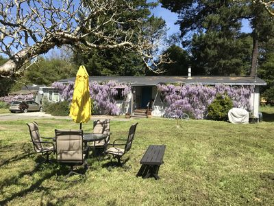 Photo for 3 Bedroom, 2 bath family home in Beautiful Sebastopol, 20 minutes from the beach