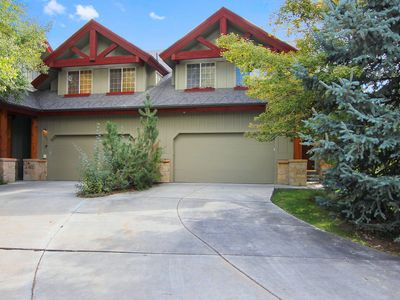 Photo for Beautiful remodeled town home by Canyons Park City - great views, laundry, wi-fi