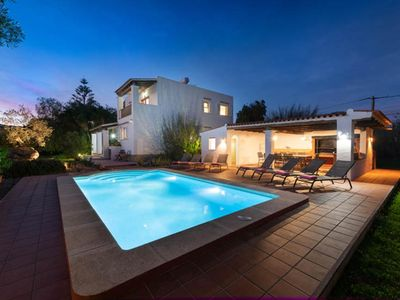Photo for Villa for 10 people with 5BD, at 3km from ibiza town.