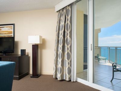 Photo for Apartment Beachfront in Miami/Sunny Isles - 3 persons, 2 bedrooms