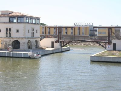 Photo for Very close to the medieval city of Aigues-Mortes, marina, with swimming pool
