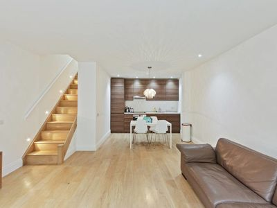 Photo for Unique Mews 2bed, 2bath w/Patio in West Hampstead