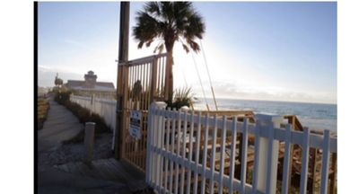 Photo for We got your beach! Beach pointe Townhomes