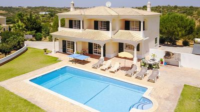 Photo for UP TO 41% OFF! Country villa, private pool, AC, free WiFi, 1,5km to Guia