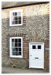 Photo for Victorian Cottage in the Heart of Historic Arundel, West Sussex