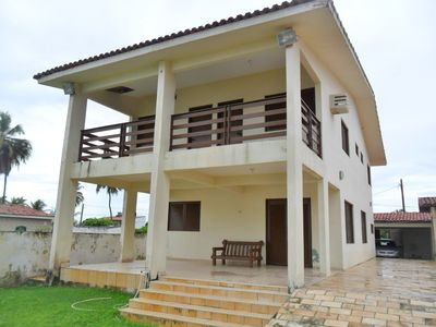 Photo for Marvelous waterfront home with pool, 5 furnished suites and barbecue.