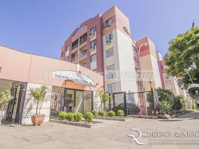 Photo for Cozy Apartment w / 2 Bedrooms, Elevator and Balcony