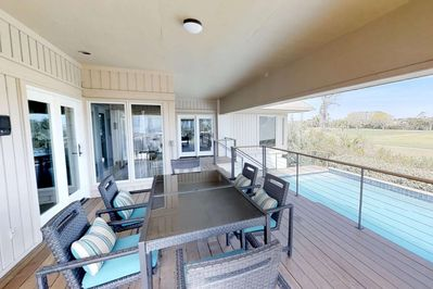 Private Pool, Covered Patio, perfect for relaxation and entertaining