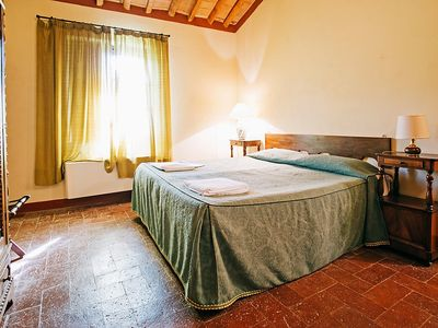 Photo for Apartment in San Gimignano with Parking, Internet, Air conditioning, Pool (126095)
