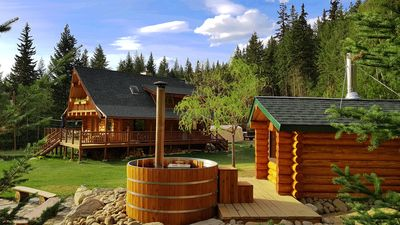 Photo for Swift Mountain Lodge - loghouse by the river