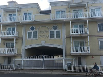 Photo for IMMACULATE 3 BR, 2 CAR GARAGE TOWNHOME-STEPS TO THE BEACH/BRDWALK-6 BEACH BADGES