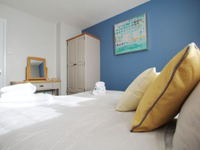 Photo for The Pad,  Modern 1 bedroom apartment