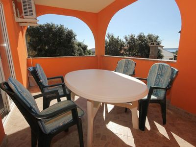 Photo for One bedroom apartment with terrace Mandre (Pag) (A-9354-a)