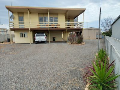 Two Storey Beach House with beautiful views. Close to the boat ramp and beach