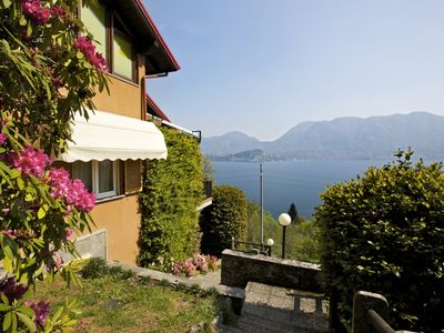 Photo for Well maintained apartment in a charming residence above Ghiffa