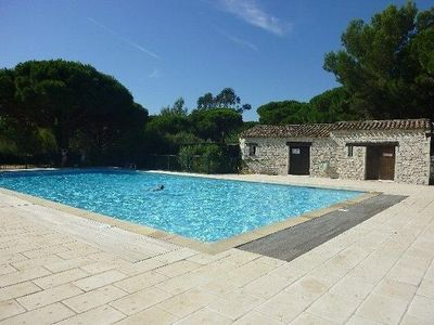 Photo for Mazet T3 for 5 people in residence with pool and tennis