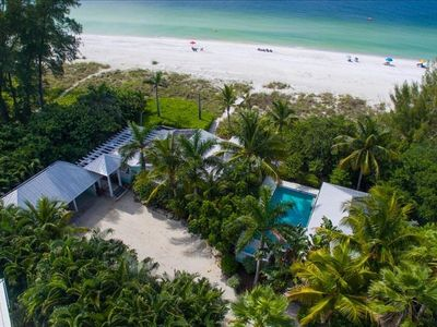 LIMEFISH - Stunning Gulf frontage. Secluded private pool. Direct beach and sunset views