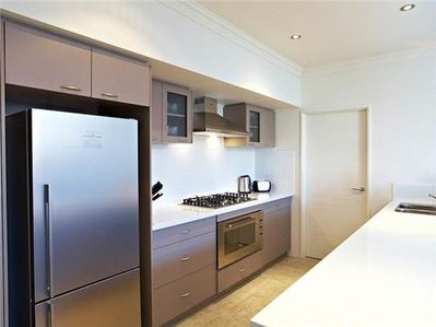 Fully equipped Kitchen- Dishwasher Microwave FF ov