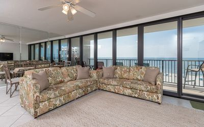 Photo for *Guest's Choice!* 3 Bedroom GULF FRONT Isalnd Winds West