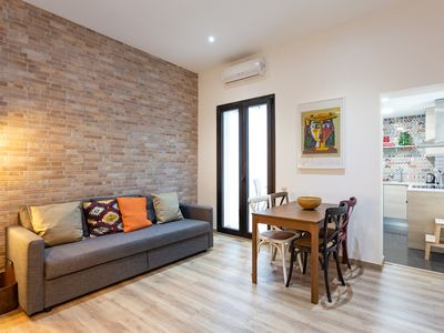 Photo for Modern loft in the heart of Gracia - ATU 22