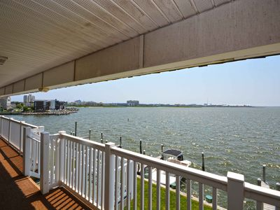 Photo for Beautiful bayfront 2BD/2Bath condo with totally remodeled kitchen and bathrooms, free WiFi, boat slip, Smart TVs, and an outdoor pool!