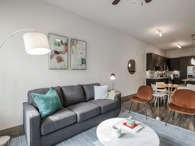 Photo for Kasa | Houston | Classy Urban 1BD/1BA in Westchase District