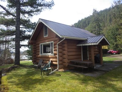 Photo for Waterfront Log Cabin