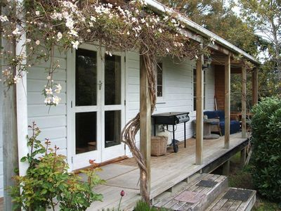 Photo for TREE COTTAGE charming, secluded, 20 mins from town