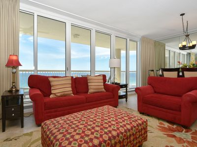 Photo for Beach-Front Condo: Family Friendly Resort/FREE Beach Service! TWO KING BEDS!