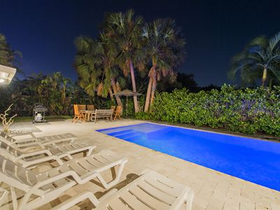 Photo for Hibiscus Beach Villa : 5 Min Walk to Ocean:Heated, Salt Water Pool.