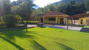 BEAUTIFUL SITE IN GUAPIMIRIM, DAILY R $ 600.00 (EXCEPT HOLIDAYS AND SPECIAL DATES)