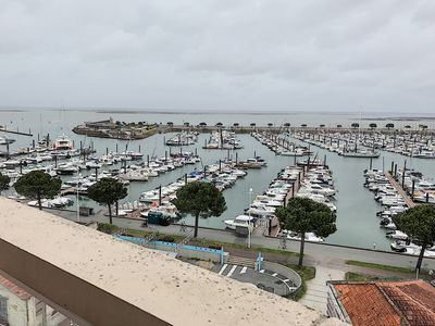 Photo for APARTMENT T2 WITH BALCONY SEA VIEW AND PORT OF ARCACHON