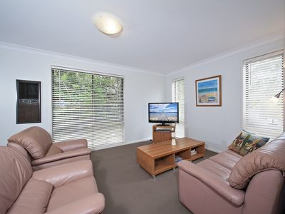 Photo for Beach House, 5 Gretel Close