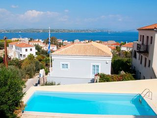 Spetses Panorama Pool