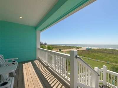 Photo for Salty's Sweet Cottage 1 - Beach Front Property!