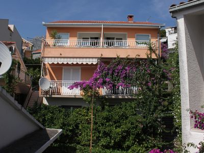 Photo for Two bedroom apartment with terrace Podgora (Makarska)