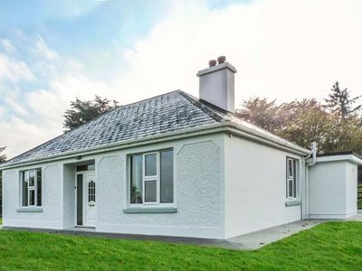 Photo for FARM VIEW COTTAGE, with open fire in Currow, County Kerry, Ref 927678