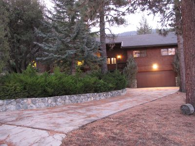Pine Mountain Escape is where class and comfort warmly await you