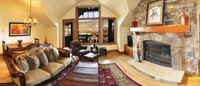 Ski In/Ski Out!**High end LUXURY Penthouse**Two HUGE Master Suites!
